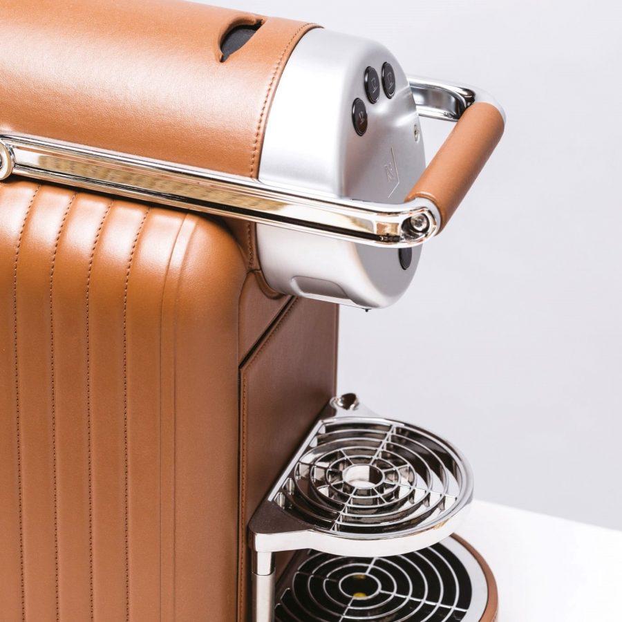 Espresso Coffee Machine in Leather -1
