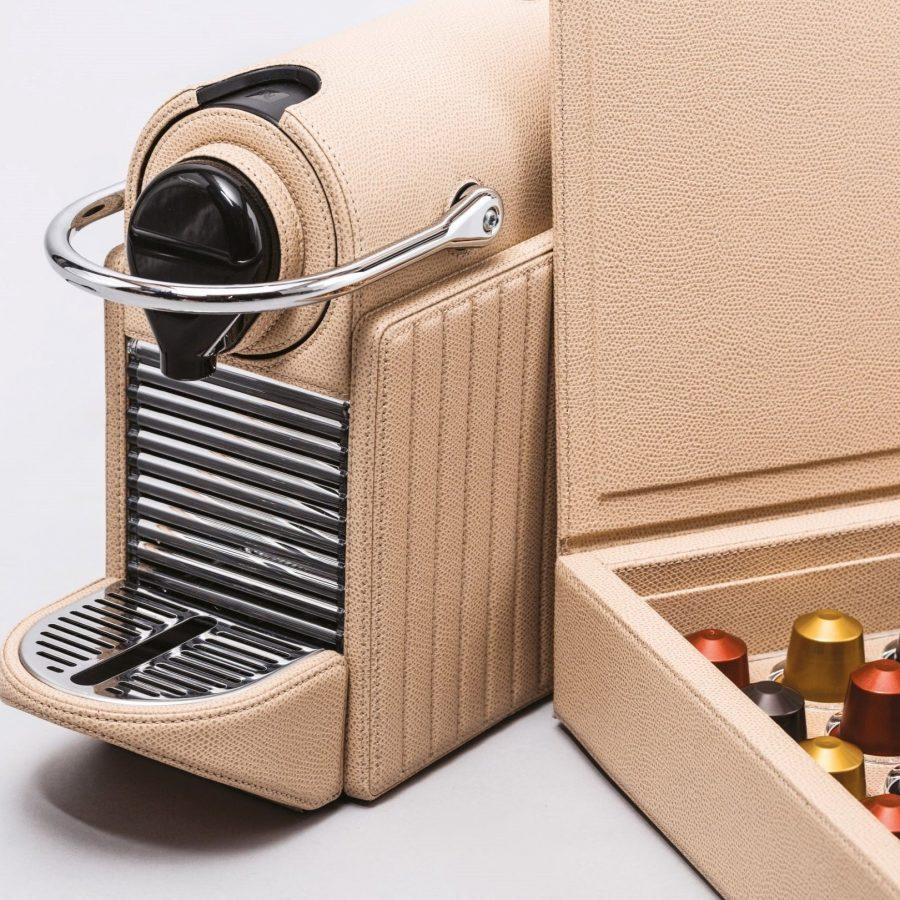 Espresso Coffee Machine in Leather -2